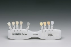 IPS e.max Ceram ZirLiner Shade Guide